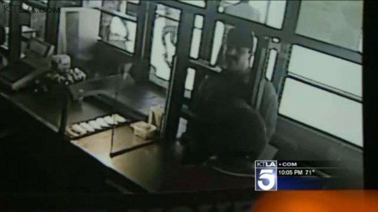 Armed Man Holds Up Chicken Restaurant in Brazen Daylight Robbery: LAPD