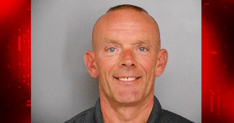 Fox Lake officer fatally shot, manhunt underway for 3 suspects