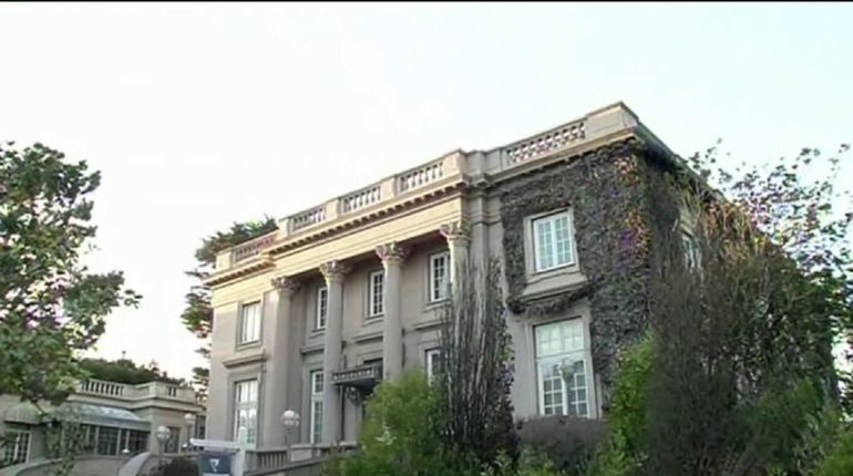 San Francisco mansion squatter stole $300K in art