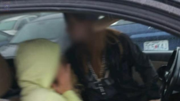 Women allegedly steal purse, Good Samaritans step in