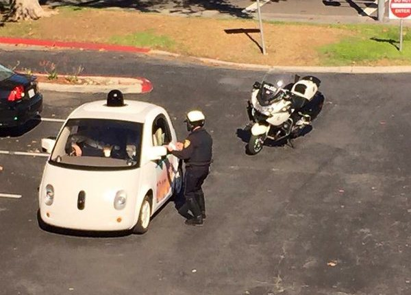 Police pull over Google self-driving car
