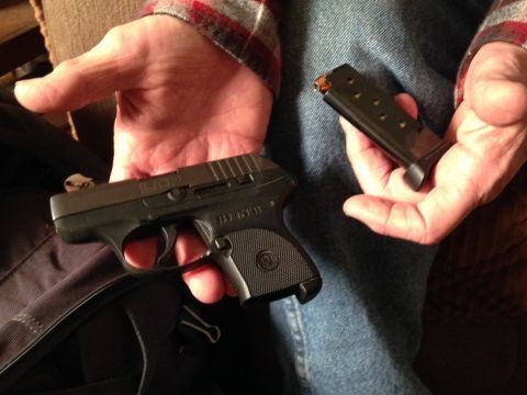 Passenger with gun in carry-on goes unnoticed by TSA