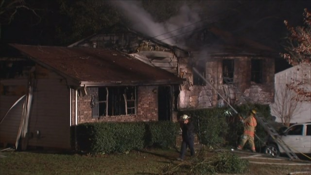 Family of 5 missing following house fire