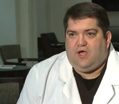 Dentist says patient is lying about full-mouth extraction