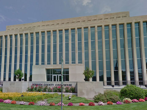 2 bailiffs, shooter killed inside Michigan courthouse
