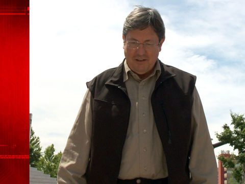 FBI: Polygamist leader Lyle Jeffs used olive oil to escape