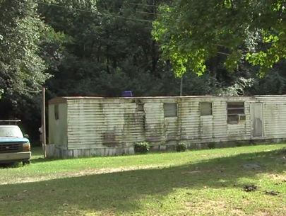 Burglar dies after being tied to tree by homeowner
