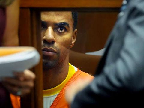 Ex-NFL star Darren Sharper gets 18 years in prison