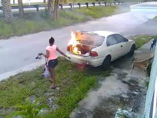 Florida woman seeking revenge sets wrong car on fire