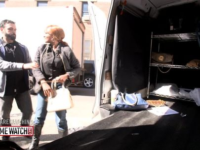 Hidden camera: Are you exposing yourself to abduction on the street?