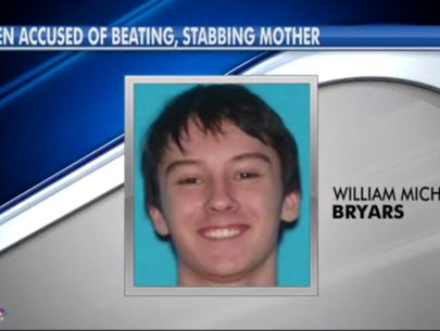 Teen on the run after stabbing mom with screwdriver, deputies say