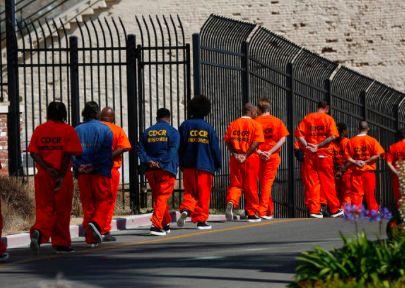 Inmate steals 700 prisoner identities, files fraudulent tax returns