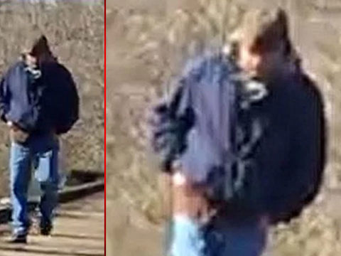 Police seek man seen on trail when murdered Indiana girls went missing