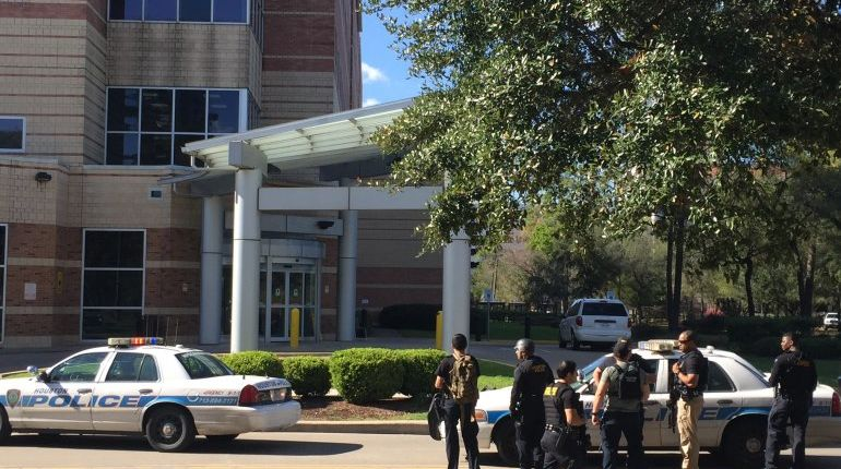 UPDATE: Houston Police chief says no evidence of active shooter or victims inside Ben Taub hospital
