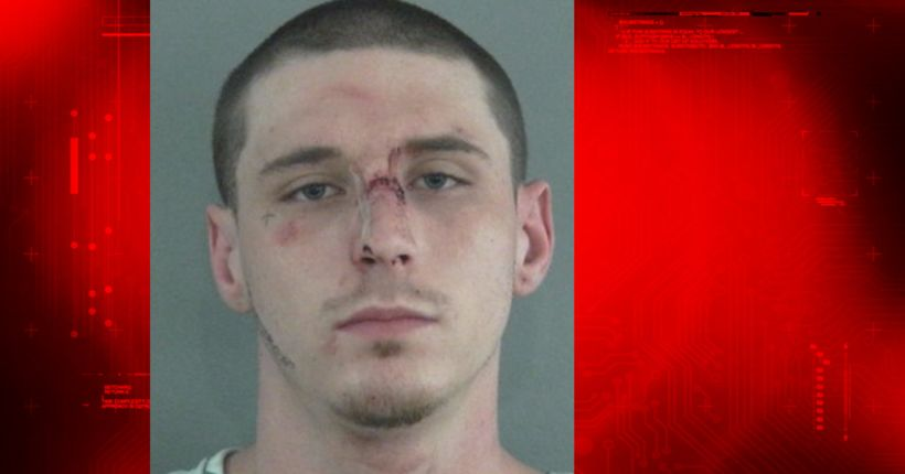 Florida man threatened to infect officers with HIV, deputies say