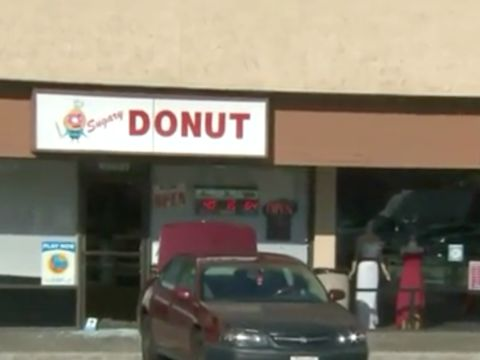 Employee kills suspected burglar who broke into doughnut shop