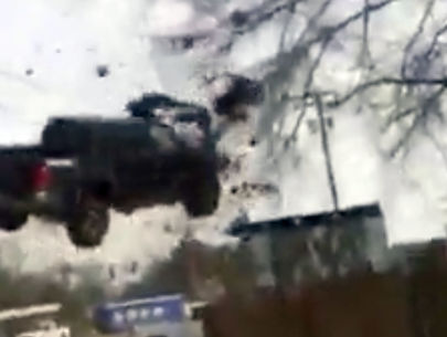 WATCH: Truck goes airborne during Louisiana police chase