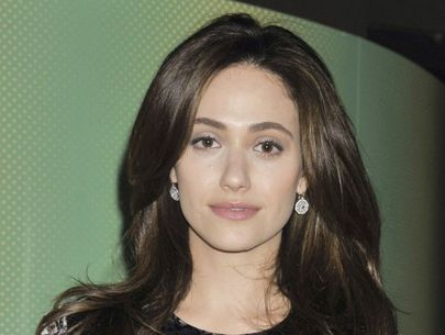 Burglars steal $150K worth of jewels from Emmy Rossum's home