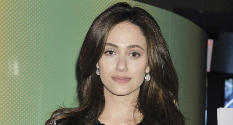 Burglars steal $150,000 worth of jewels from actress Emmy Rossum's home