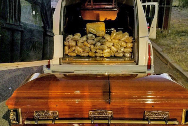Border Patrol: Agents near Wilcox arrest man after finding casket filled with $33K worth of pot