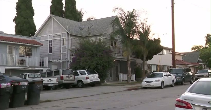 Girl, 12, escapes after being kidnapped in front of Whittier home; 2 men sought