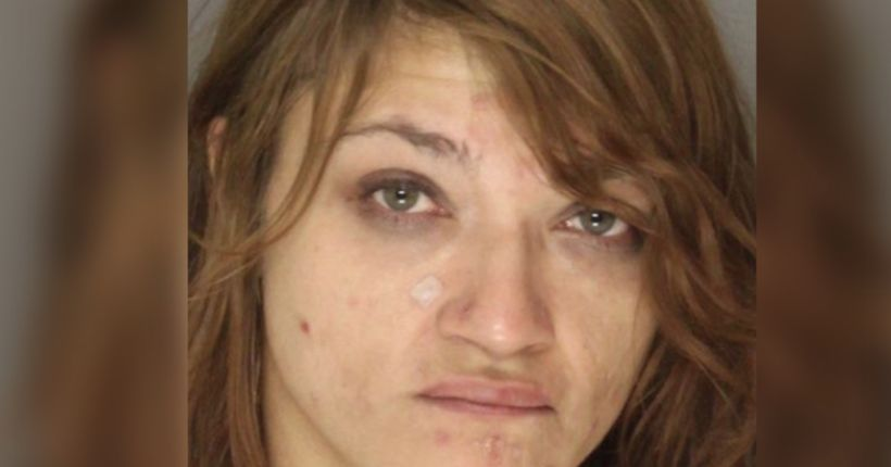 Woman sets boyfriend on fire, douses flames with urine