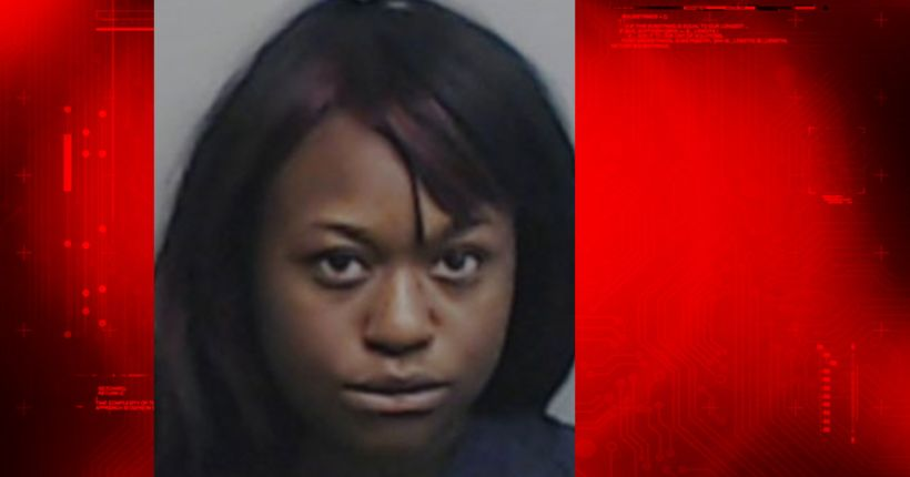 Jail medical assistant accused of having sex with inmate