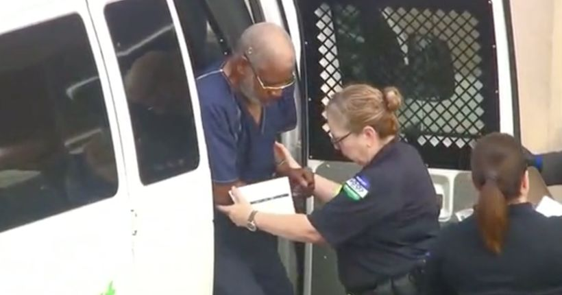 Driver charged after 10 die in sweltering truck
