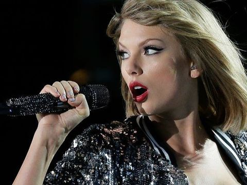 Taylor Swift testifies: 'It was a definite grab, a very long grab'