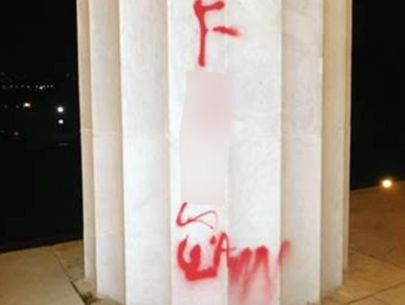 Park services say graffiti was found on Lincoln Memorial