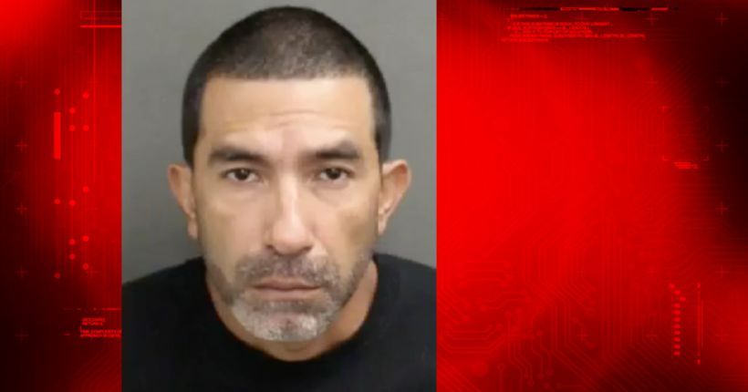 Man solicits sex from 13-year-old girl, gets officer, police say