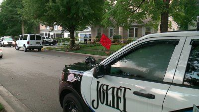 Coroner: Mom, twin daughters found dead in Joliet home suffered gunshot wounds