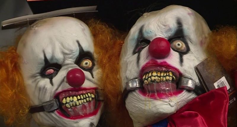 Shots fired after father chased 6-year-old daughter in clown mask; dad arrested