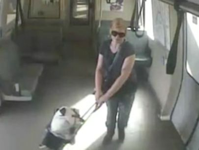 Police release photos of suspect who tried to rob BART rider with note