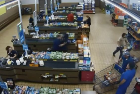 Police release video of Aldi customers tackling would-be robber