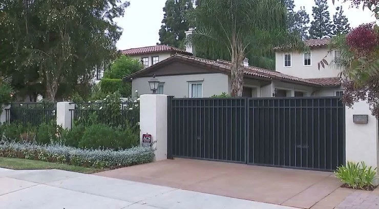 Yasiel Puig's Encino home burglarized on night Dodgers lose World Series