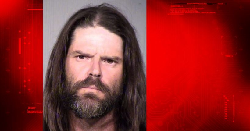 P.D.: Phoenix man throws dog into oncoming traffic during argument