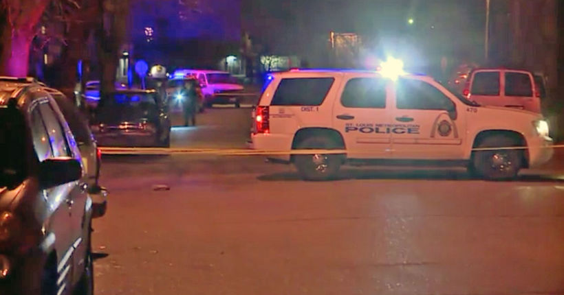 St. Louis pizza delivery driver kills robber during shootout