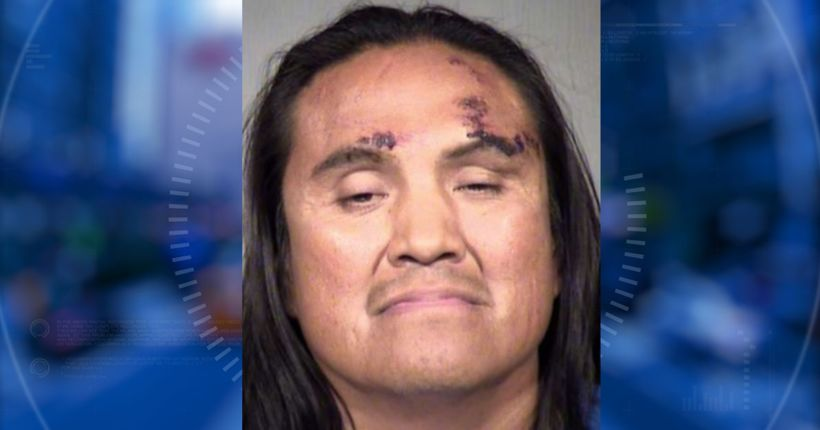 Police: Mom pulls 4-year-old away from Mesa kidnapper