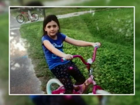 Should autopsy photos of murdered girl be shown to jury?