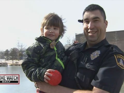 Badge of Honor: Kansas cop saves special-needs child from drowning (1/2)