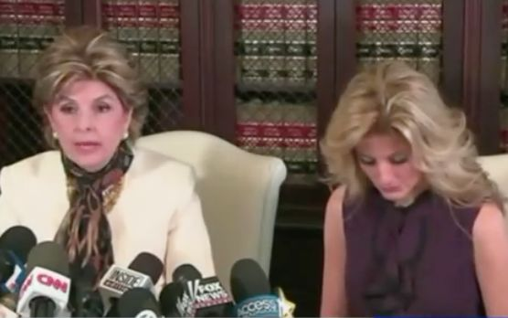 Trump loses bid to kill lawsuit from O.C. 'Apprentice' contestant who alleges he sexually assaulted her