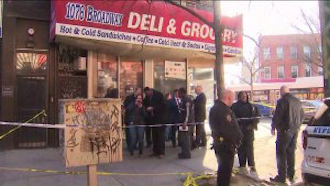 Woman fatally stabbed in the chest at Brooklyn deli, police searching for suspect in BMW