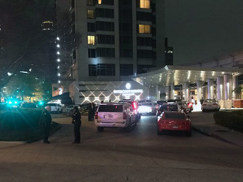 Boxer Floyd Mayweather's bodyguard shot outside hotel