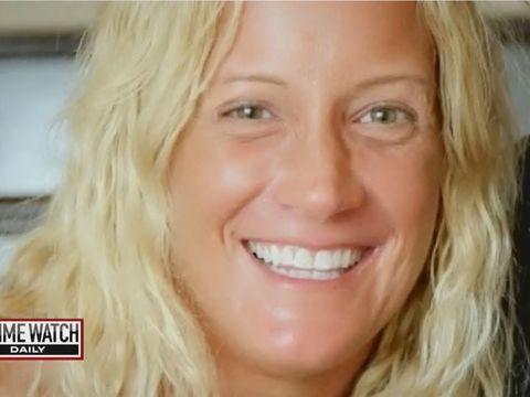 Estranged wife shoots husband, sets up phony murder-suicide scene (3/3)
