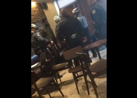 Starbucks CEO apologizes to 2 black men arrested