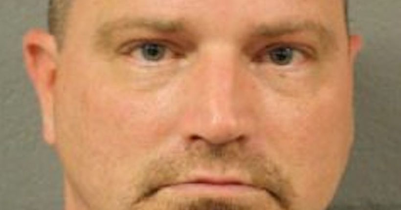 Man accused of trying to lure 7-year-old with candy, sexual photo