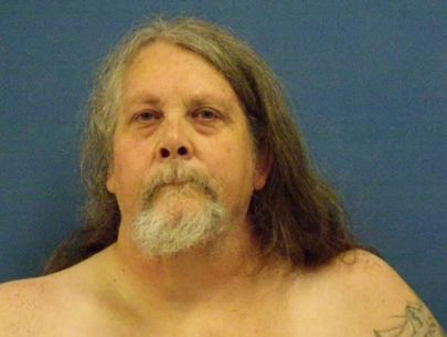 400-pound man withdraws guilty plea in boy's pinning death