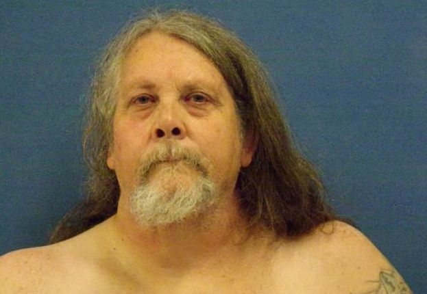 400-pound step-grandfather withdraws guilty plea in 11-year-old's pinning death