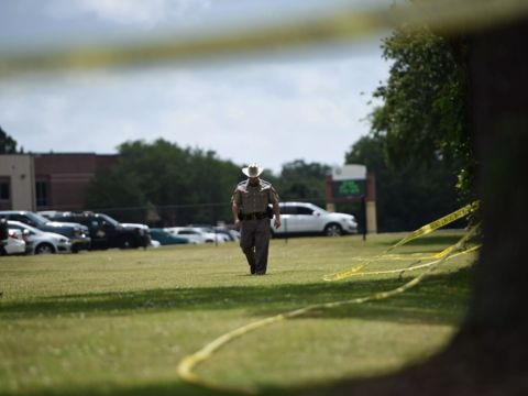 Texas shooting: gunfight between student & deputies lasted 25 minutes